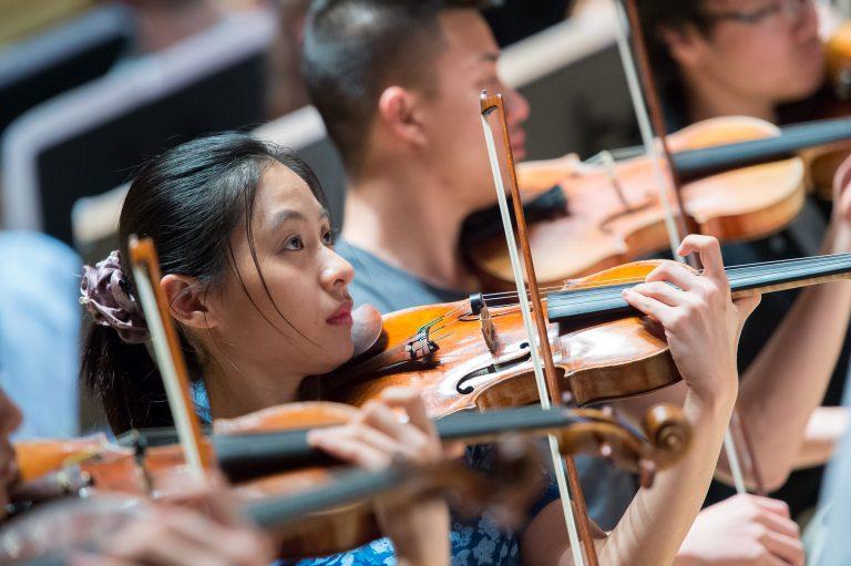 Orch_Apr2_2015_Violins_07_6667